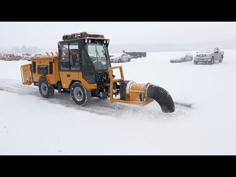 Amazing Technology Snow Machines Best Blower To Cleaning Road Best Compilation 2019 Youtube Snow Machine Amazing Technology Snow Equipment
