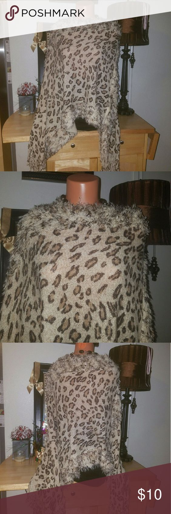 India Boutique poncho. Poncho tiger stile... India Boutique  Jackets & Coats