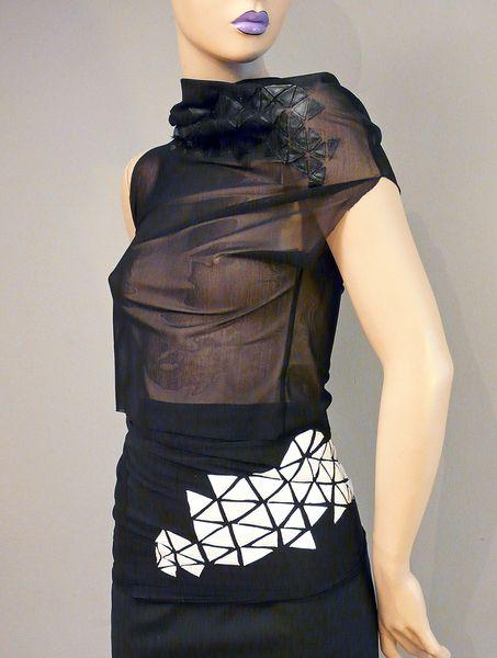 PERIHN - Shirt - Applikation - schwarz  von TAF wo/man auf DaWanda.com