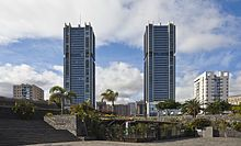 Santa Cruz de Tenerife - Torres gemelas de Santa Cruz, de 120 metros de altura, con 32 plantas de viviendas.