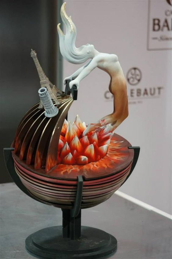 #WCM World Chocolate Masters - Day 2 - Bonbons Entremets - Italy
