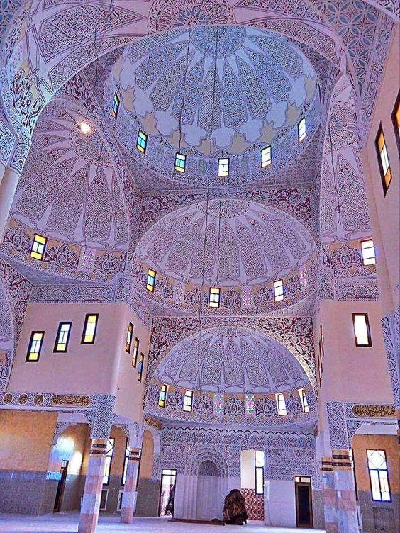 مسجد الإمام مسلم بآفلو ولاية الأغواط Photo laghouat algerie بهندسة عثمانية جميلة