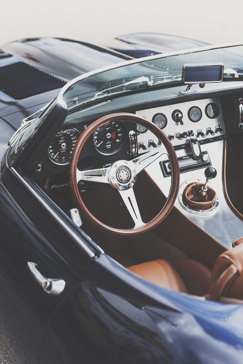 jaguar e-type speedster | classic luxury sports cars