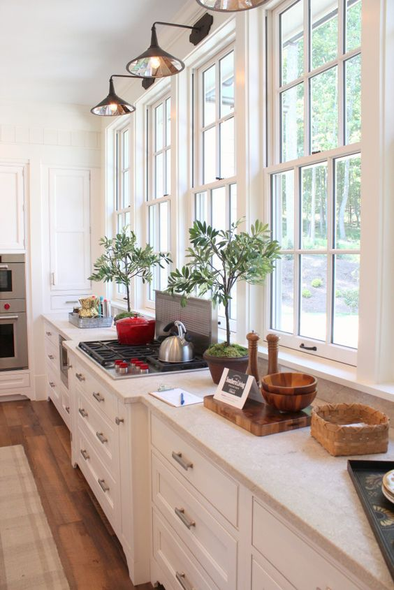 Southern living idea house kitchen windows and fabulous for Southern living kitchen designs