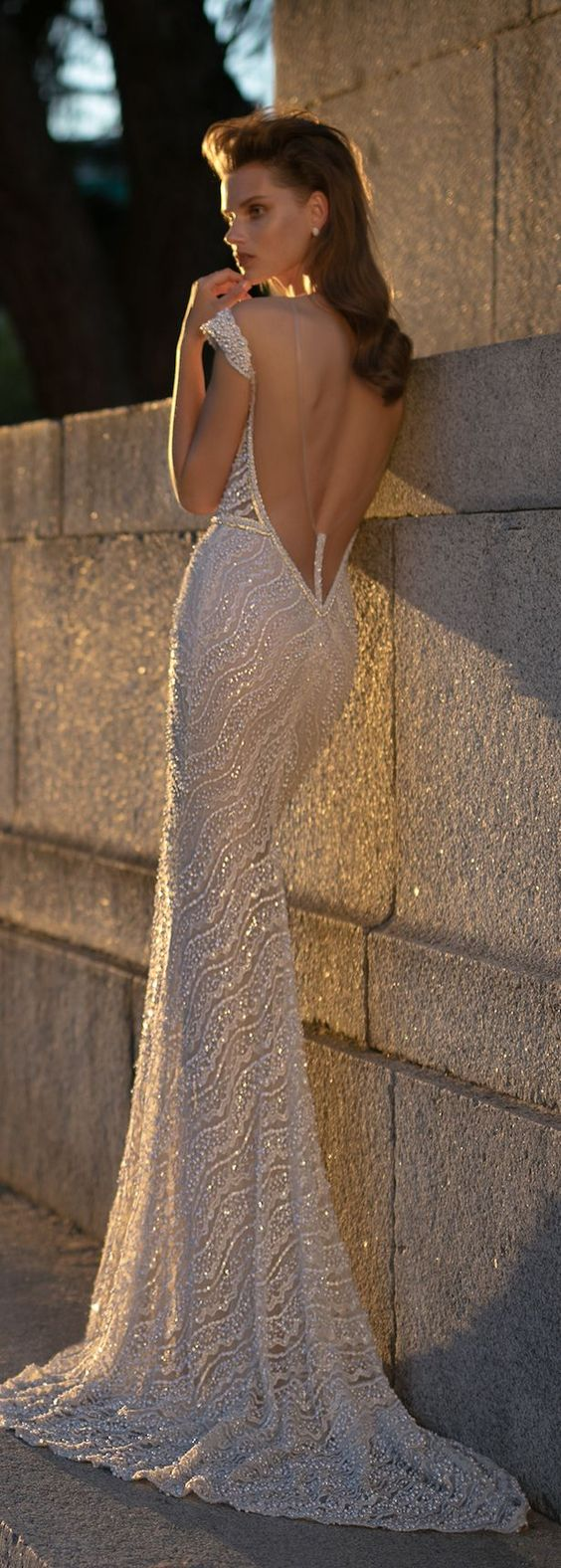 wedding-dress-Berta-bridal-spring-2016-0O7A1121.jpeg (615×1719):