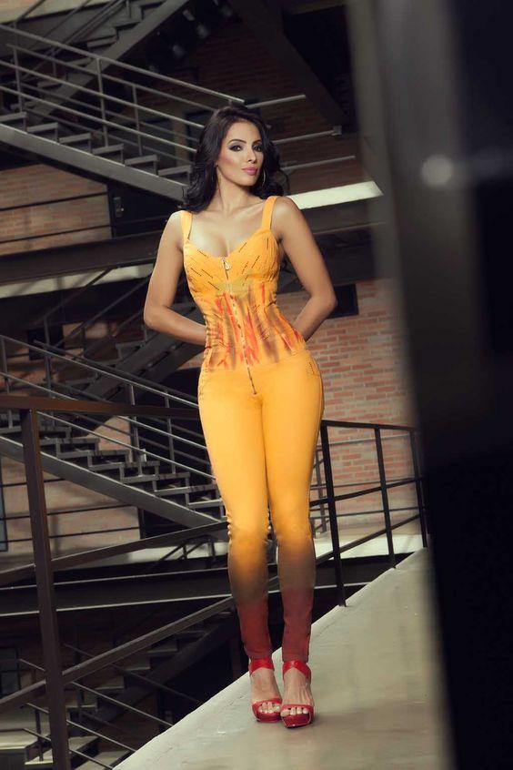 Enterizos muy Sexys y llamativos para que no pases desapercibida. #fashion #latinfashion #monos #enterizos www.catalogopassion.es