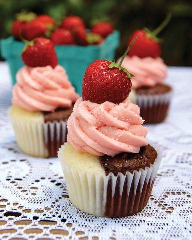 Neapolitan Cupcakes. These are delicious! Approximately 275 calories each. Recipe makes 48 cupcakes.