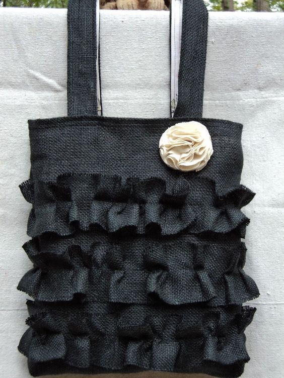 Adorable Burlap Purse - Would love to try this!