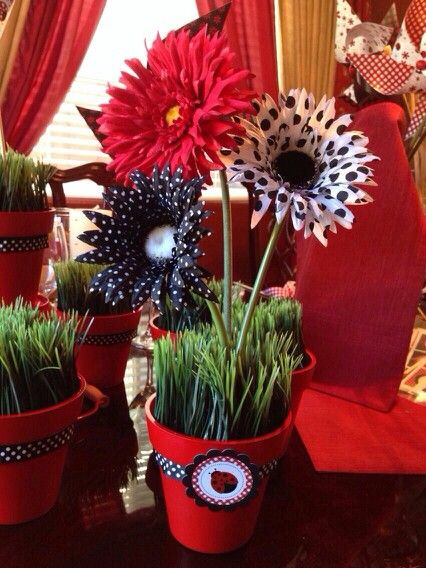 Made these cute ladybug flower pots! Ladybug party Centerpieces