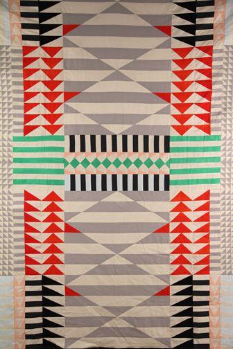 meg callahan quilt: Amazing Quilt, Quilt Inspiration, Quilt Design, Geometric Pattern, Callahan Quilts, Geometric Quilt, Meg Callahan, Modern Quilts, Quilt Pattern