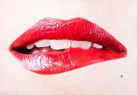 Last van droge lippen? Lees hier handige tips om droge lippen te voorkomen en te behandelen. En een lippenbalsemverslaving bestaat niet!