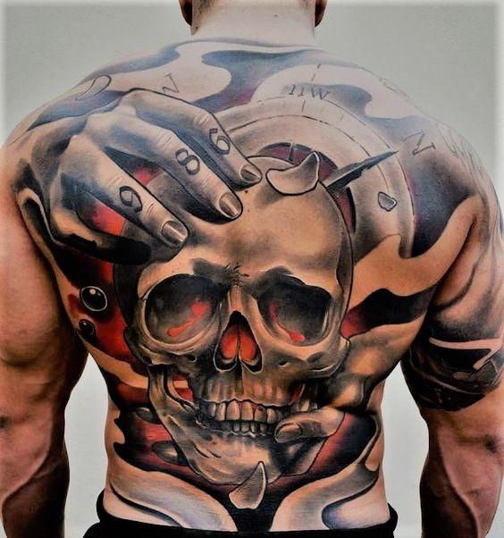 Epingle Par Big Daddy Sur Hommes Tatoues Tatouage Dos Homme Tatouages Dos Complet Tatouages Des Bras Entiers