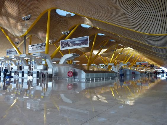 Barajas (Madrid Airport) Terminal 4 Check In Hall