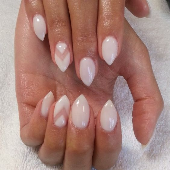 Oh love. Light stiletto nails with negative space