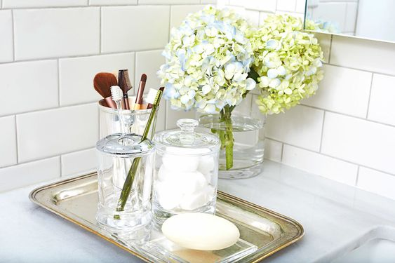 10 Stylish Tricks for a More-Organized Bathroom. There are several reallllllly good ideas in here!