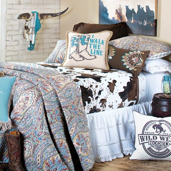 Country Bedroom Ideas For A Stylish Lifestyle Nowadays: I Walk The Line Quilted Bedding Collection