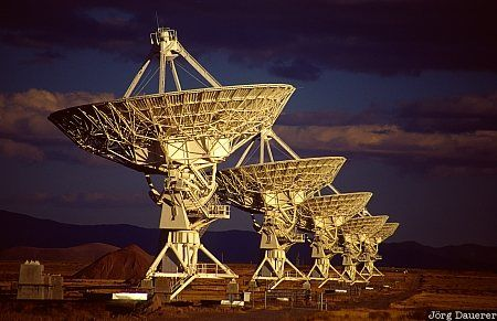 Very Large Array (VLA) in New Mexico. Now named the Karl G. Jansky VLA. It consists of 27 radio antennas in a Y-shaped configuration It acts as an interferometer with the data combined electronically, giving it the resolution of an antenna 36km in diameter. (Image credit: Jörg Dauerer)