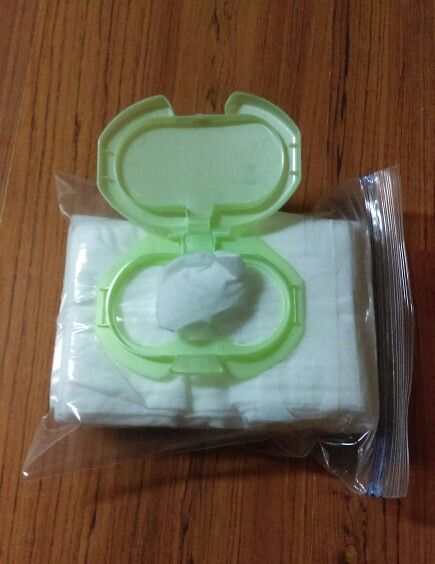Homemade refillable baby wipe container! All you need is a quart size ziplock…