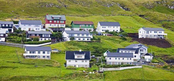 Google Image Result for http://www.pocruises.com/Global/ports/Torshavn.jpg