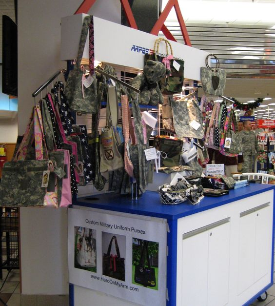 Uniform Gifts 70