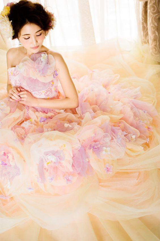 Paulette | ハニーウェディング | 北海道札幌市のウェディングドレス ショップHANYWEDDING(ハニーウェディング)