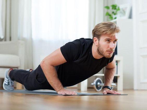 Es klingt zu schön, um wahr zu sein: Fünf bis zehn Minuten Sport am Tag sollen reichen, um fit zu bleiben. Kann das stimmen? Ja, sagt Christoph Raschka vom Arbeitskreis Sportmedizin des Bundes Deutscher Internisten (BDI).
