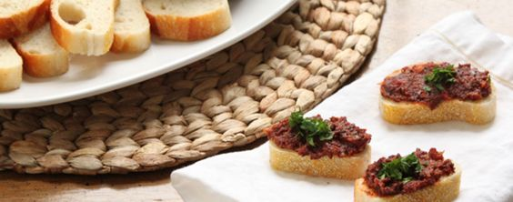 Sundried Tomato and Olive Tapenade Recipe | Greatist