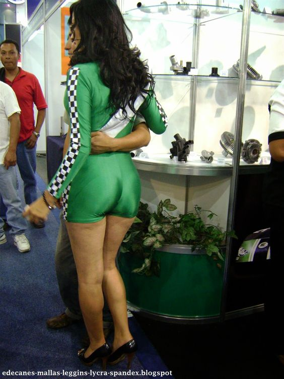 Edecanes de perfil teen sesion de fotos en cuernavaca abriendo las piernas - 3 2