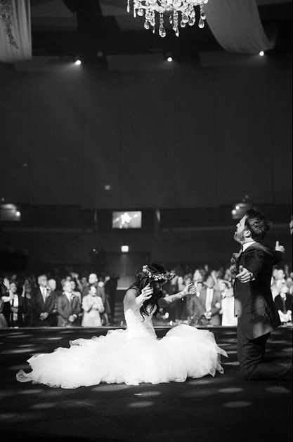 RELATIONSHIP GOALS. Seriously, y'all. Most beautiful picture I've ever seen of a wedding shot. WOW.