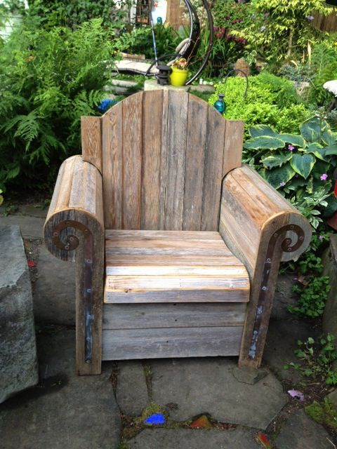 Awesome garden chair from Ravenna Gardens in Seattle. Like our Facebook page! https://www.facebook.com/pages/Rustic-Farmhouse-Decor/636679889706127