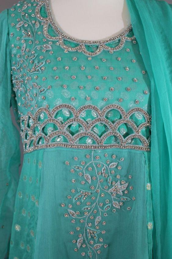 Pakistani Dress for Formal Event