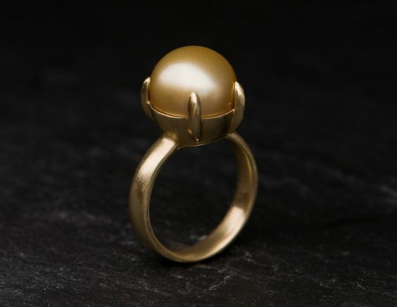 Gold Sea Cultured Pearl - Set in Satin Finished 18ct yellow gold £760.00