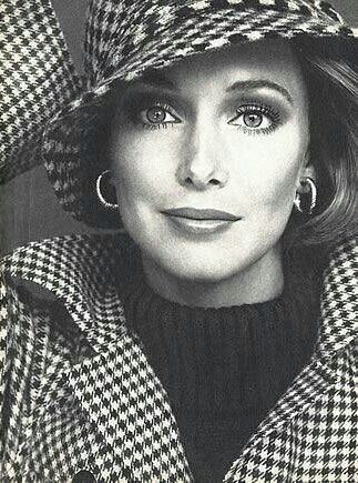Karen Graham 70s