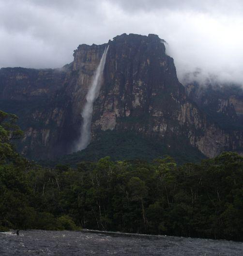 Salto Angel, 980 metri di cascata http://blog.zingarate.com/travelsalone