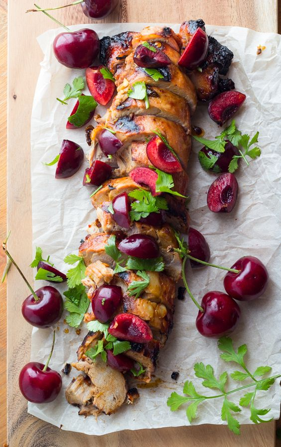 DIA DE CAMPO Y SABORES DE BODA.  Grilled Chipotle Pork Tenderloin with Fresh Cherry Salsa