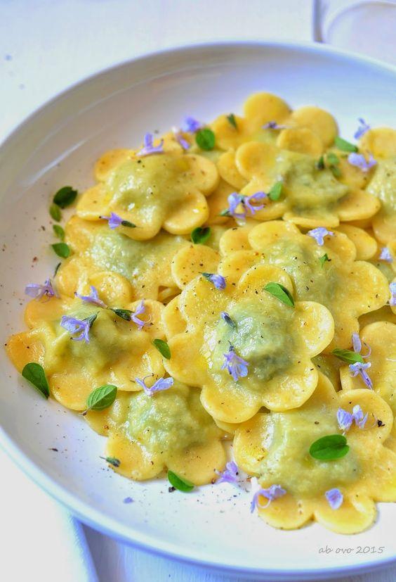 ravioli-di-ortiche-e-ricotta-alle-erbe-aromatiche | pasta ... - Ortiche In Cucina