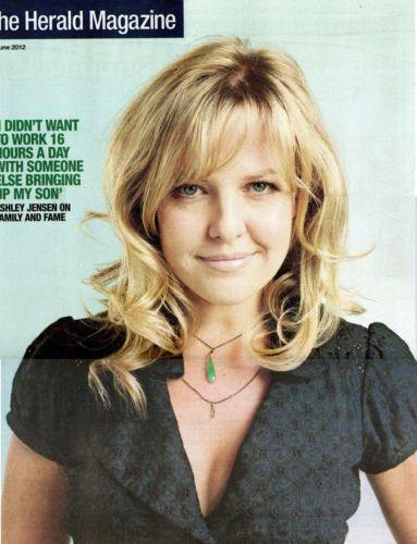 Scotland-Herald-ASHLEY-JENSEN-Kate-McLean-2012