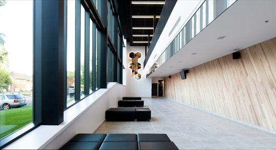 Saint-Apollinaire Multipurpose Center / Parka