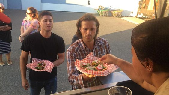 Jensen looks like he want to steal Jared's food. Wonder how that would turn out...