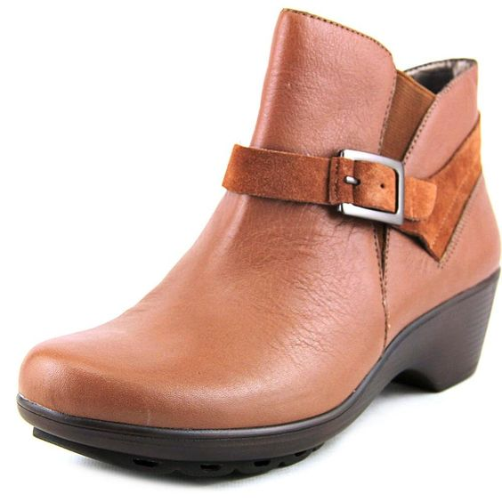 """Easy Spirit Women's Sontra,Med Brown Multi Leather,US 6 M. Shaft Height: 4"""" (Size 7). Circumference: 10"""" (Size 7). Fit: True to Size."""