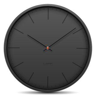 LEFF Wandklok Tone Zwart Ø 35 cm is een design klok ontworpen door Wiebe Teerstra. De Wandklok Tone Grijs heeft een doorsnede van 35 cm, is functioneel en heeft een stiluurwerk. De LEFF Wandklok Tone heeft een front van glas en een zwart gecoat roestvrij stalen (RVS) behuizing.