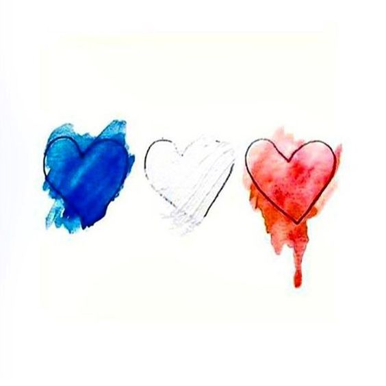 Praying for those in Paris a city so near and dear to my heart #prayforparis
