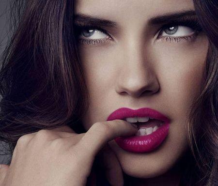 Gorgeous Berry pink lipstick