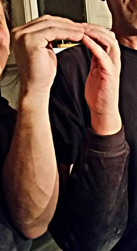 Schleife zeigen Bild 0024 #schleifezeigen #kinderschutz #challenge #1207schleifen #fingerweg #fingerweginfo