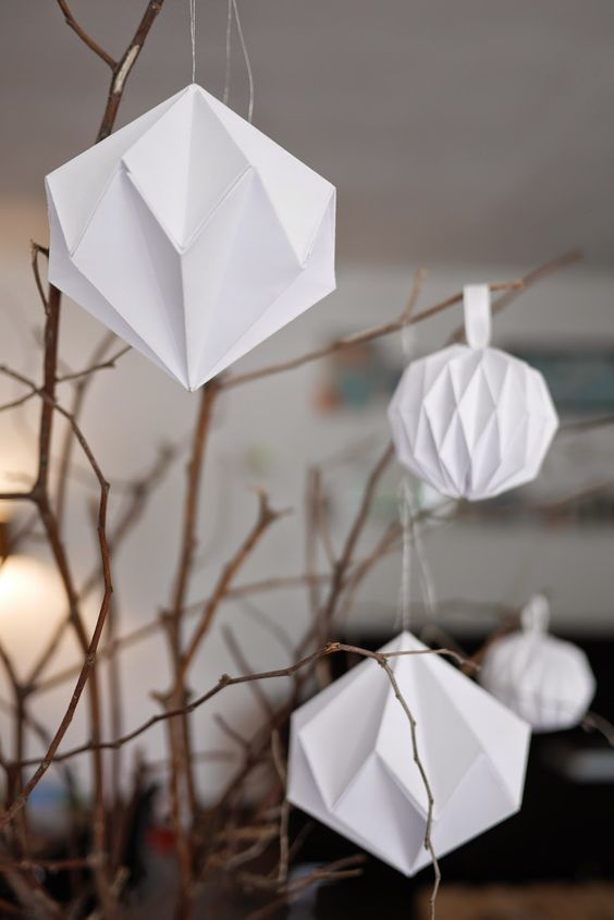 Diy d coration de no l boules origami diamants en papier diy noel pinter - Decoration noel origami ...