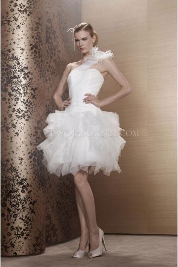 Pronuptia Paris robes de mariée organza princesse courte sans manches une épaule