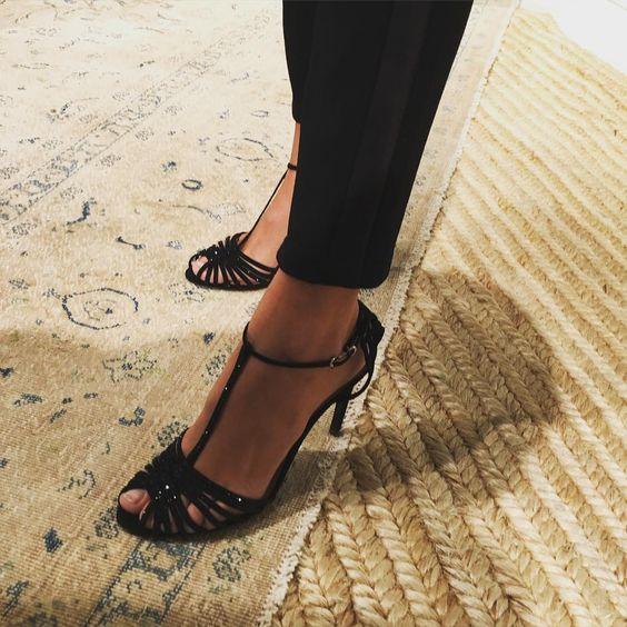 So chic #shoes #shoestagram #MeetMeAtPolo @poloralphlaureb #poloralphlauren #polo #scarpe #nyfw #newyorkfashionweek