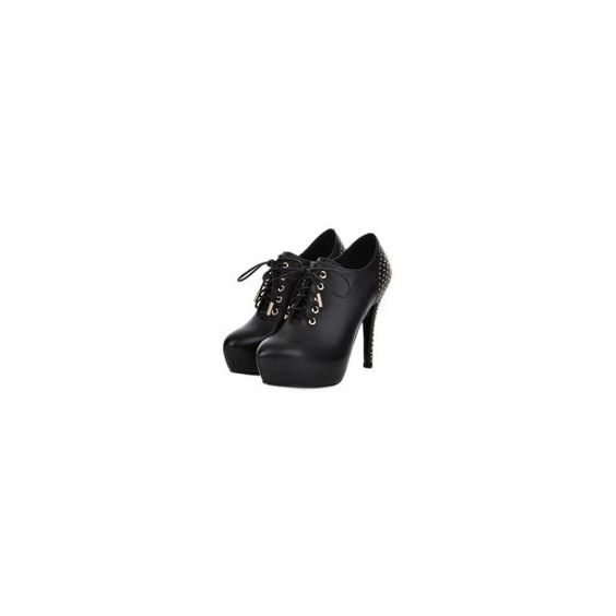 Black Rockstud Genuine Leather High Heel Bootie FW0520001 (€135) ❤ liked on Polyvore featuring shoes, boots, ankle booties, black leather booties, black ankle booties, ankle boots, short black boots and black ankle boots
