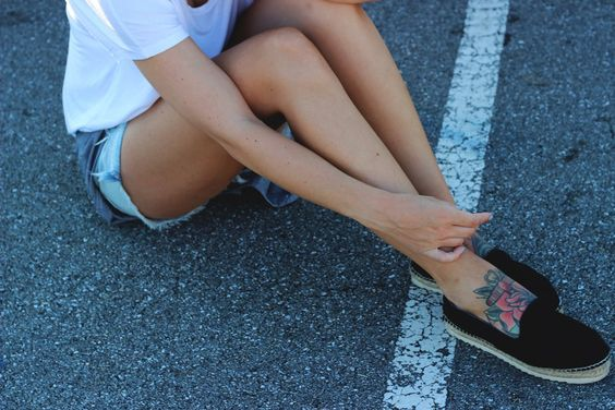 Must haves: three fashion basics by Leonie Klara on www.allispretty.net tattoos espadrille summer sun inspiration