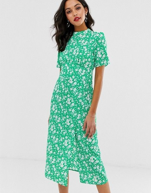 Asos Design Midi Tea Dress With Buttons In Floral Print Asos In 2020 Tea Dress Best Summer Dresses Midi Dress Style
